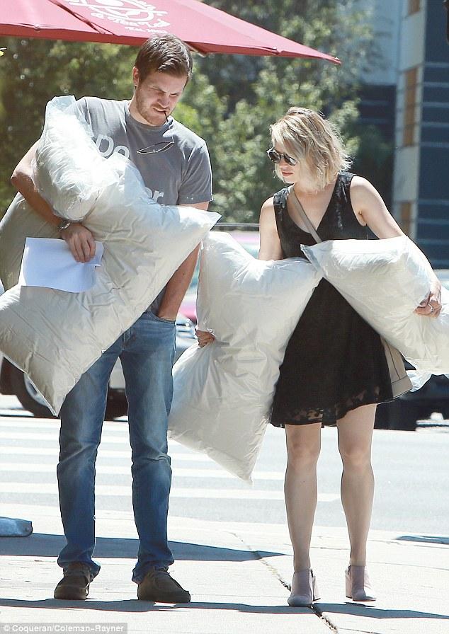 Rachel McAdams and NEW Boyfriend Jamie Linden raises ...